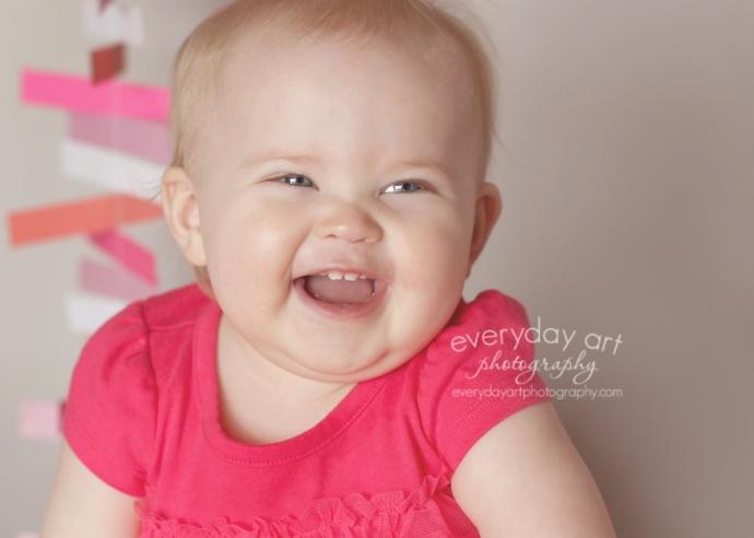 baby photo pink dress