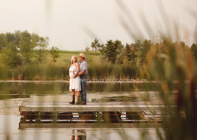 maternity photography in bismarck, nd