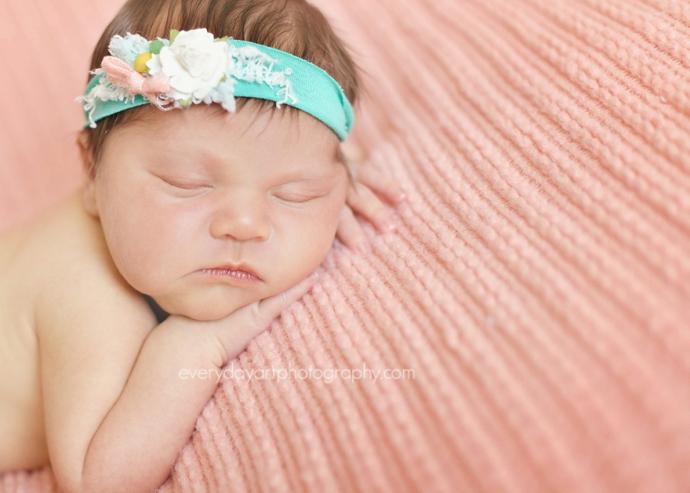 bismarck newborn baby photographer
